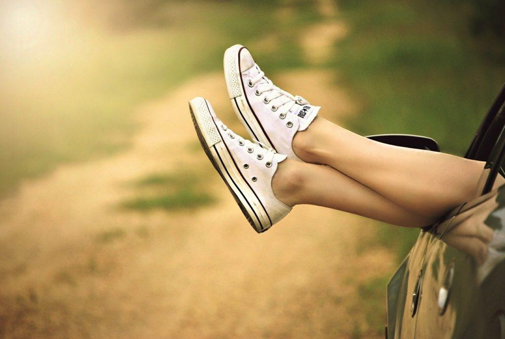 jambes sans poil incarne