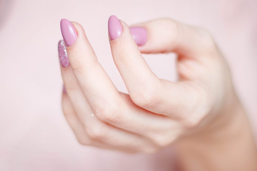 vernis agression ongles