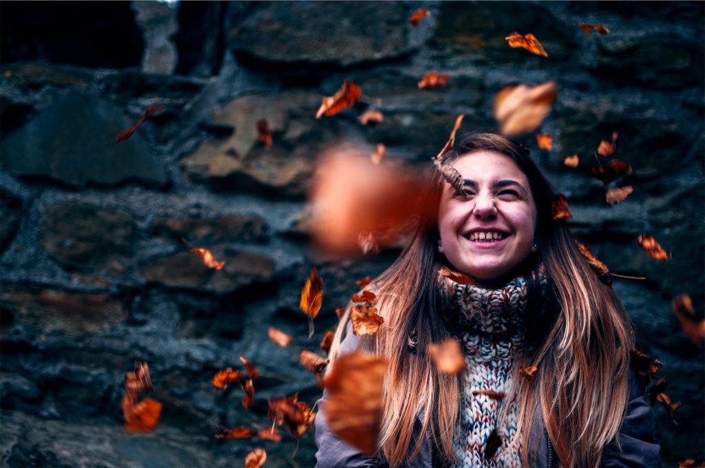les cheveux tombent en automne