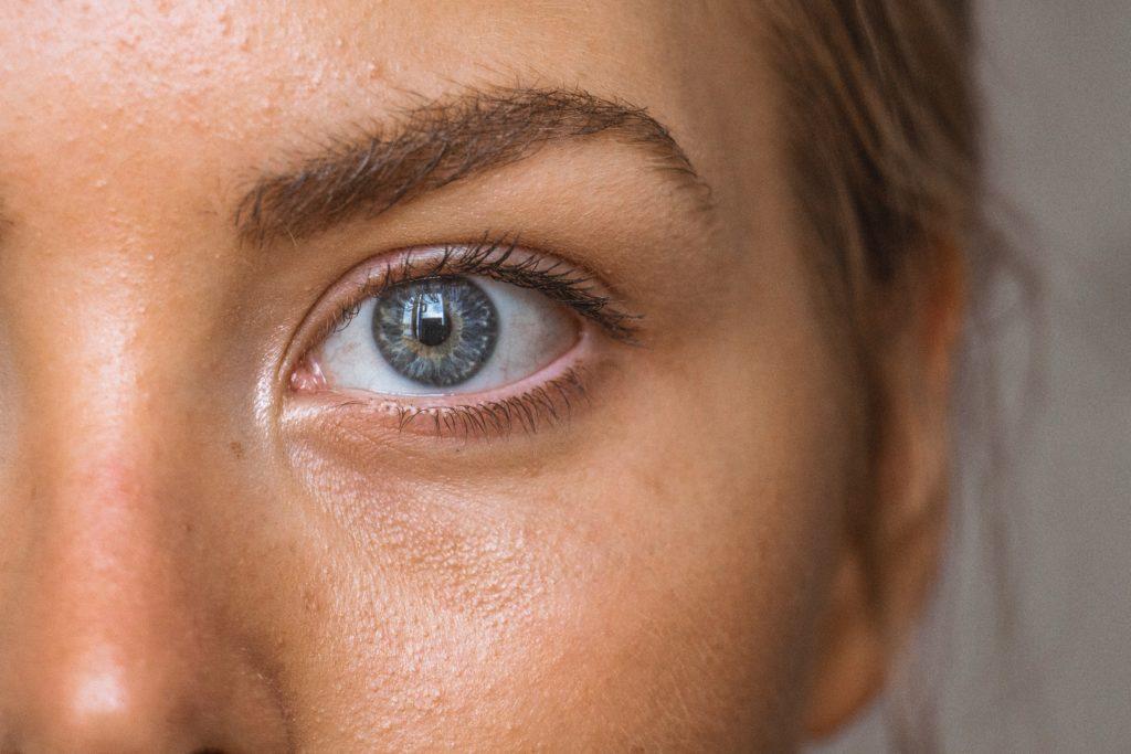 yeux zone fragile